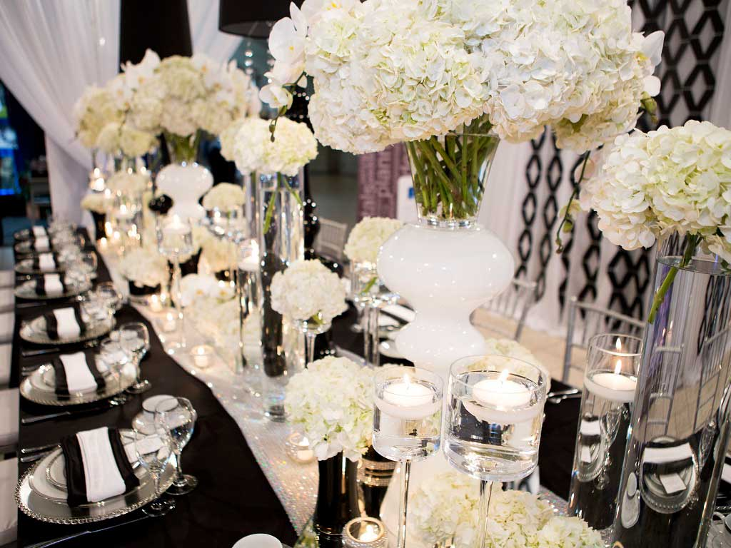 Centerpieces & votives rentals in Edmonton Alberta